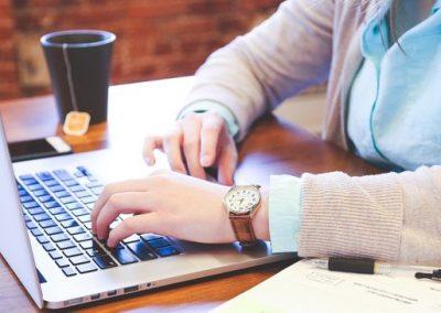 7 Social Media Marketing Courses to Bookmark